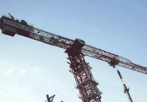 如何避免起重机设备吊装的侧拉事故?