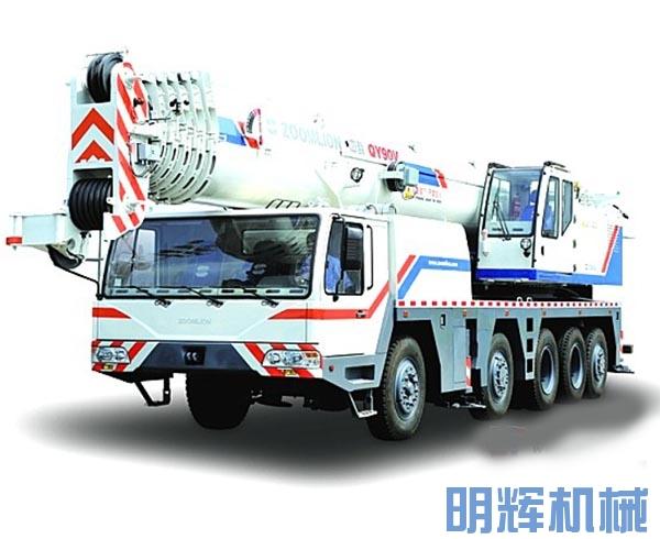 中联重科QY90V633汽车起重机